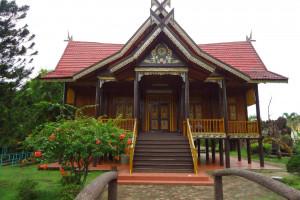Nama Nama Rumah Adat Di Indonesia