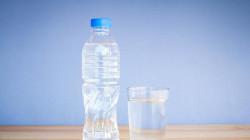 5 Tips Memilih Air Minum Kemasan yang Paling Sehat dan Murni