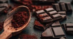 Makan Cokelat di Malam Hari Bisa Picu Susah Tidur?