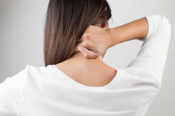 10 Penyebab Leher Kanan Sakit