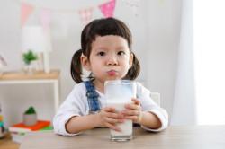 Manfaat Susu Soya untuk Anak yang Alergi Susu Sapi