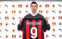 Mario Mandzukic dan Misi Meruntuhkan Kutukan Nomor 9 di AC Milan
